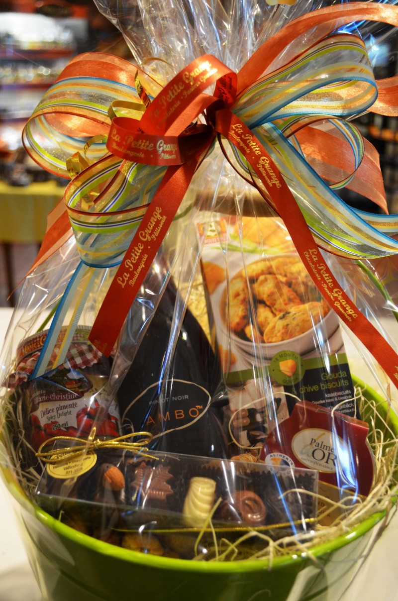 ... baskets: fine chocolates, marmalades, terrines, wines, cognac fruitcakes, etc. Our gift baskets never fail to impress and can be given to anyone: family ...
